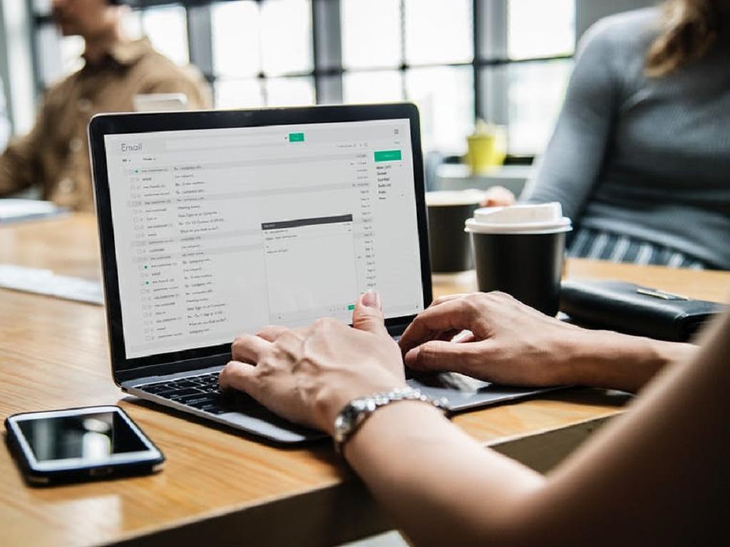 6 maneiras de proteger sua empresa contra fraudes on-line